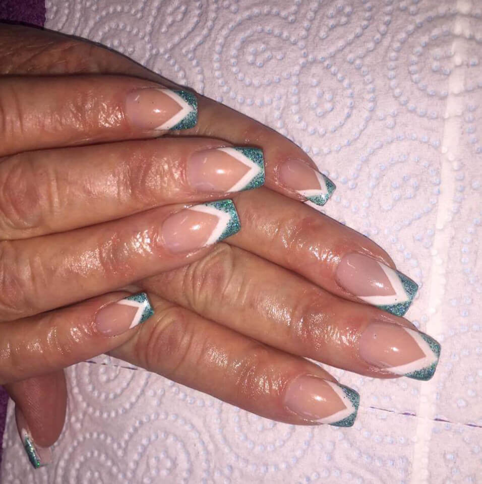 jadore_beauty_warrington_wigan_microdermabrasion_manicure_pedicure_facial_acrylic_nails_photo-2