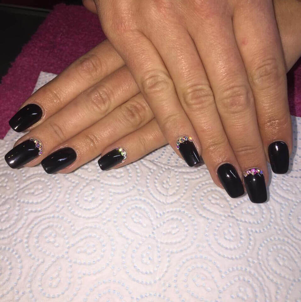 jadore_beauty_warrington_wigan_microdermabrasion_manicure_pedicure_facial_acrylic_nails_photo-6
